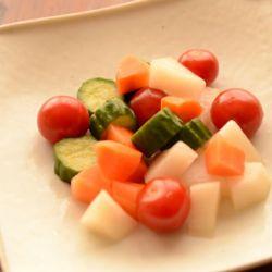 生野菜のピクルス